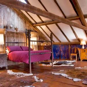 Idei pentru decorarea mansardei rustic